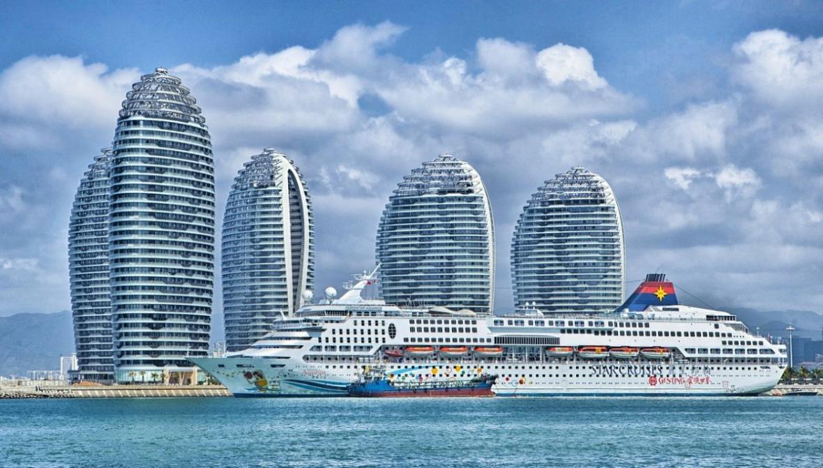 صنعت کشتی کروز در دبی بسیار محبوب گردیده است