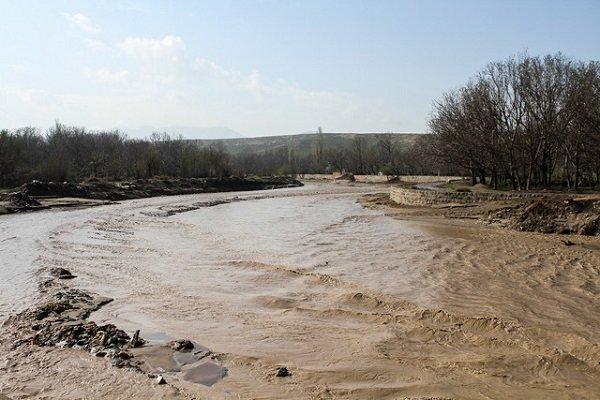 جاری شدن سیلاب در شهرهای ایلام، پمپاژ آب ایلام امکان پذیر نیست