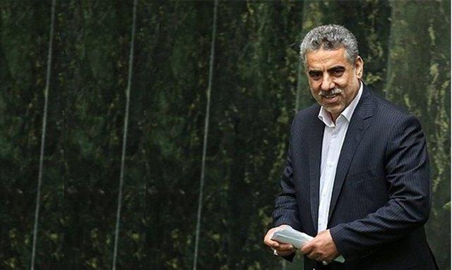 عباسی: با رفتار یک نماینده کل مجلس را زیر سوال نبریم