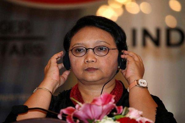 وزیر خارجه اندونزی وارد میانمار شد