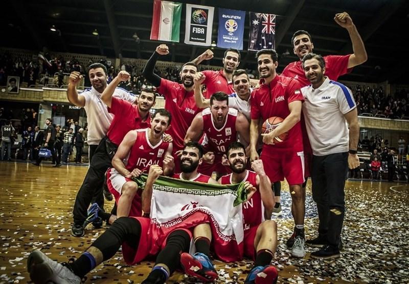 برگزاری مراسم بدرقه تیم ملی بسکتبال، اهدای پیراهن ایران به سفیر چین