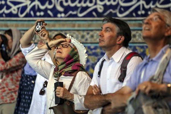 ایران از دید گردشگران اندونزیایی، یاری به همنوع از روحیات آنهاست