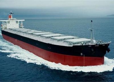 نخستین کشتی یخچال دار کشور در بندرعباس به آب انداخته شد - تور دبی ارزان