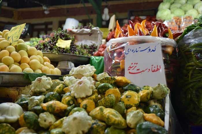 میوه، دانه ای 120 هزار تومان! ، خودنمایی میوه های قاچاق با اسم های عجیب و قریب در مغازه های شمال شهر