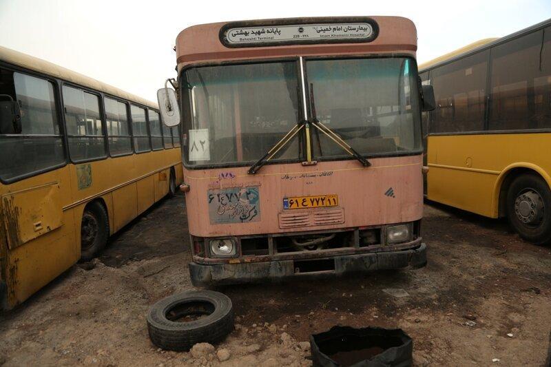 60 درصد اتوبوس های تهران از رده خارج هستند ، بازسازی اتوبوس های دوکابین