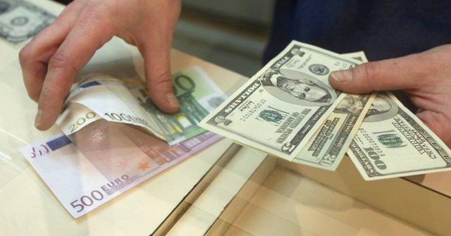 صعود یورو و کاهش دلار در مبادلات امروز بازارهای مالی جهان