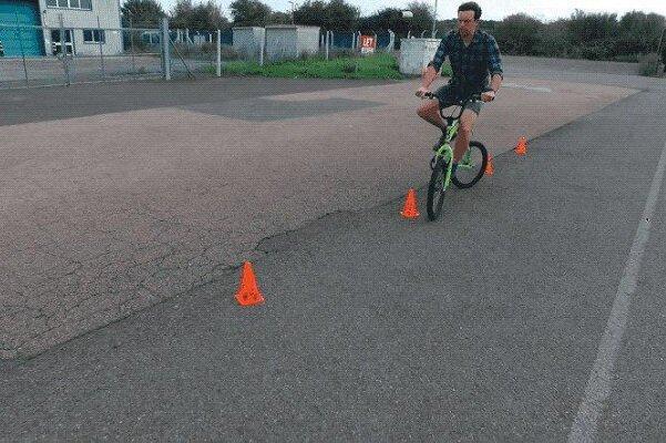 دوچرخه عجیب و غریب برای عبور از موانع سخت