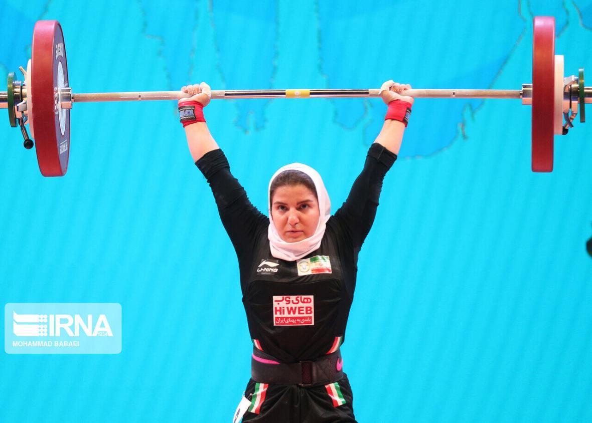 خبرنگاران عضو تیم ملی: امیدوارم روزی زنان وزنه بردار به المپیک بروند