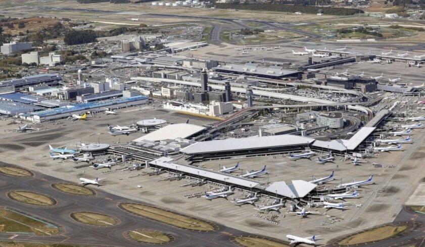 هتل مقوایی در فرودگاهی ژاپنی برای مسافران در انتظار پاسخ آزمایش کرونا