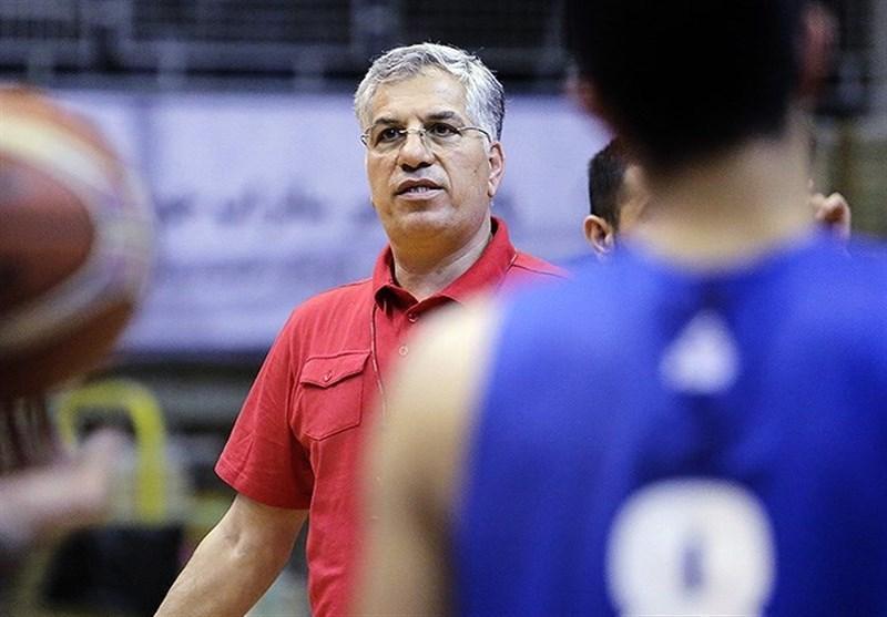 شاهین طبع سرمربی تیم ملی بسکتبال ماند