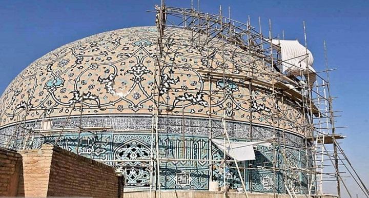 ادامه عملیات بازسازی گنبد مسجد شیخ لطف الله اصفهان با هماهنگی تمامی صاحب نظران