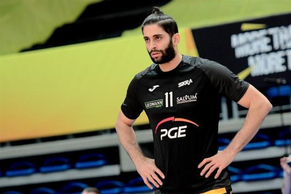 شکست یاران عبادی پور مقابل شاگردان آلکنو در لیگ والیبال قهرمانان اروپا