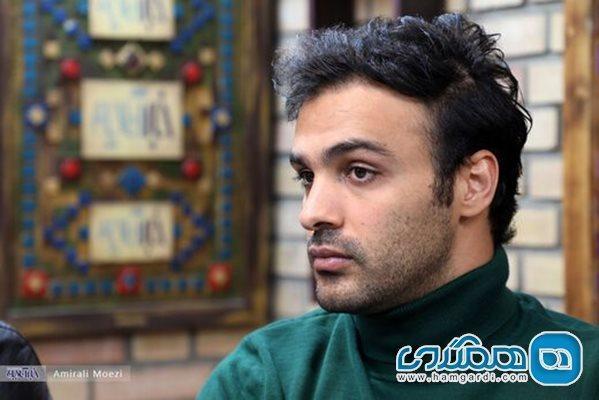 سامان صفاری: به محض صحبت از واکسیناسیون هنرمندان هیاهو می گردد