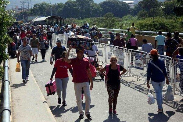 کلمبیا مرزهای خود با ونزوئلا را بازگشایی کرد