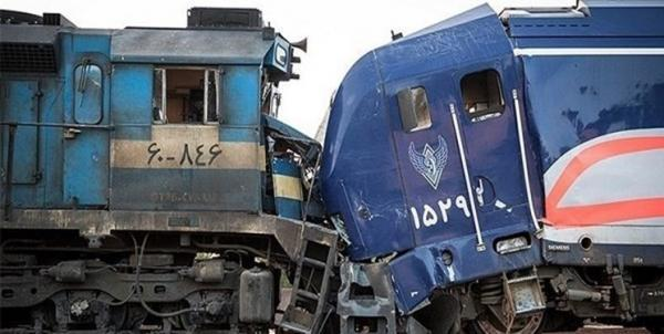 حادثه برخورد دو قطار در قزوین 20 مصدوم برجا گذاشت