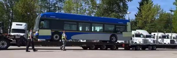 ویزای کانادا: ورود اولین اتوبوس برقی به شبکه حمل و نقل ونکوور